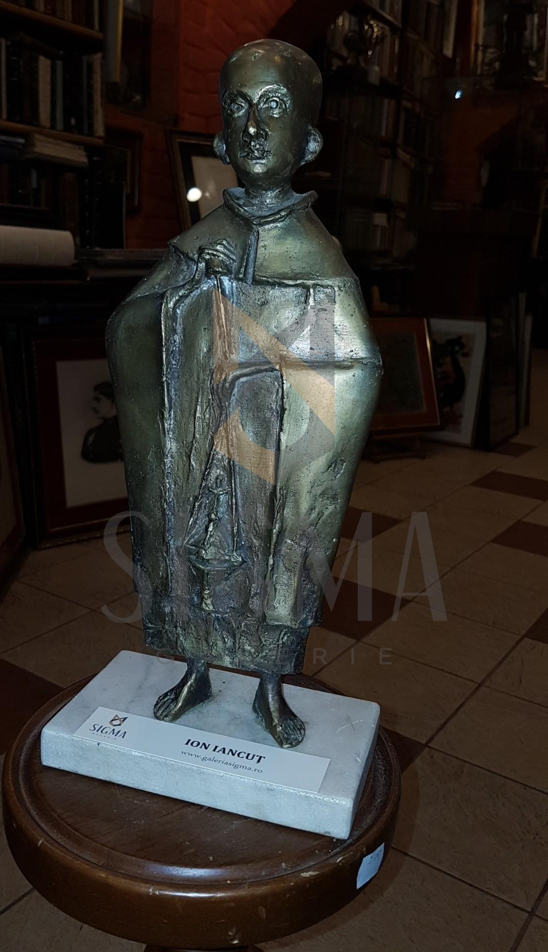 "SCULPTURA ION IANCUT "" MINISTRANT "" ( bronz- lucrare autentica de atelier !! )"