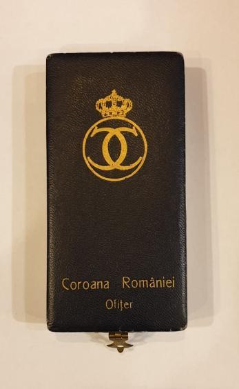 """CUTIE , DECORATIE """" COROANA ROMANIEI - OFITER """" MODEL CAROL AL II-LEA"""