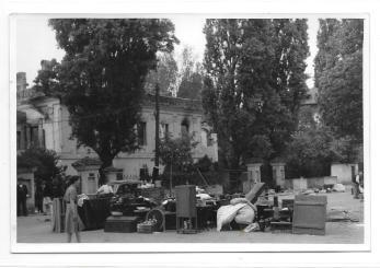 FOTO, WILLY PRAGHE,, BUCURESTIUL DUPA BOMBARDAMENT , STRADA MODROGAN , 1944