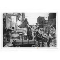 FOTO, WILLY PRAGHER, BOMBARDAMENTUL AMERICAN,  MARELE MAGAZIN SI CARTEA ROMANEASCA, BD. CAROL, 1944