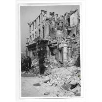 FOTO, WILLY PRAGHER, BUCURESTIUL BOMBARDAT , MAGAZIN CARTEA ROMANEASCA, 1944